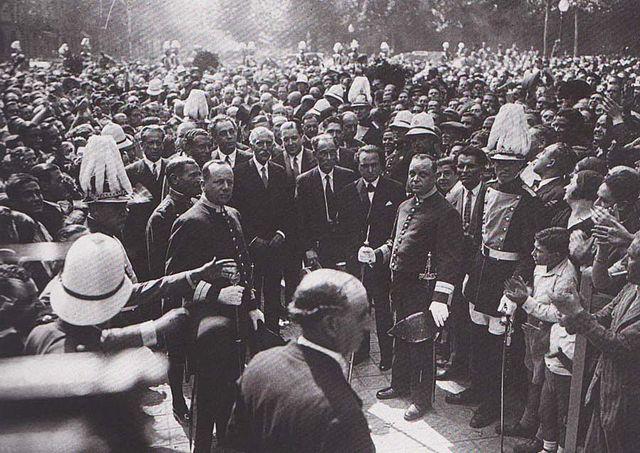 Primer Bienio 1932-1933 y Revoluciones